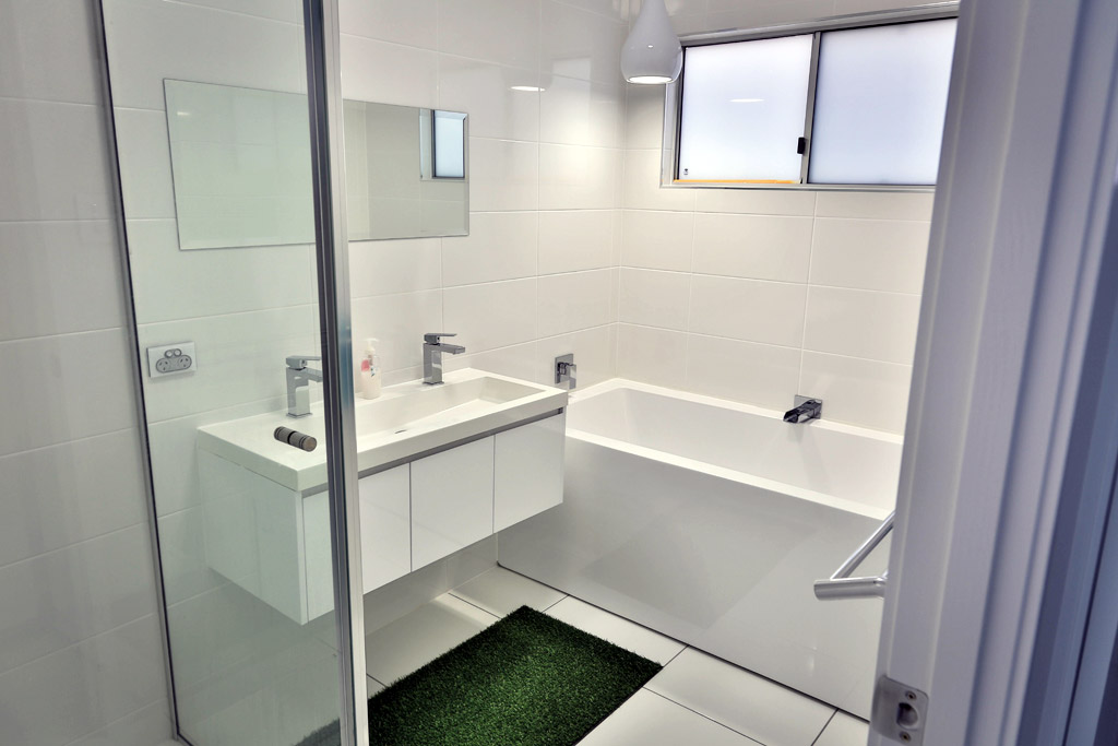 Bathroom Renovations Qld bathroom renovations » sinclair parsons building solutions