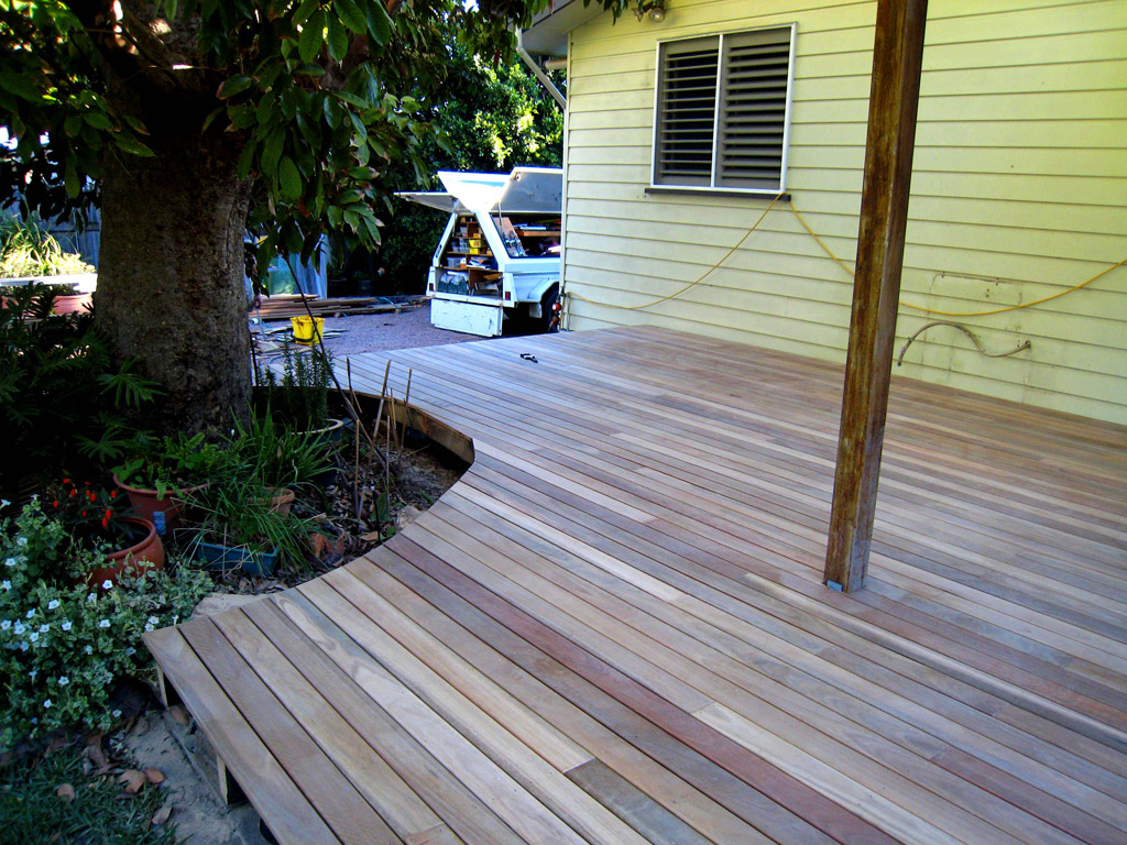 Timber deck west end sinclair parsons building for Timber decking seconds